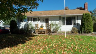 121 Oak Ave, Fredericton, New Brunswick